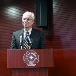 美国MD安德森癌症中心癌症医学科副科长Richard照片