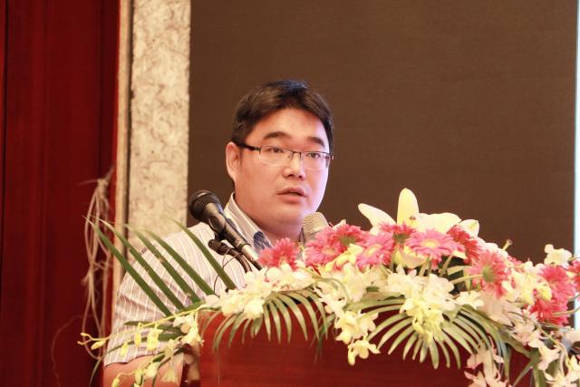 华东理工大学教授、博士生导师赵黎明照片