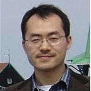 清华大学教授于荣
