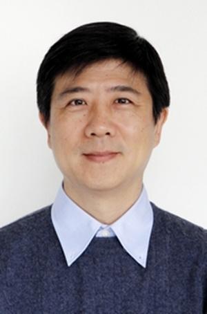 中国科学院苏州纳米技术与纳米仿生研究所研究员张跃钢照片