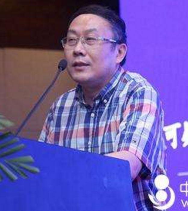 浙江省妇保医院主任医师张信美照片