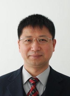 清华大学教授张希照片