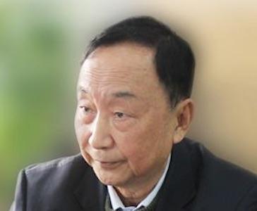 上海电器科学研究所教授何瑞华