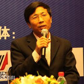 国家行政学院进修部副主任陈炳才