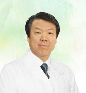 北京中医药大学东直门医院推拿按摩科主任刘长信