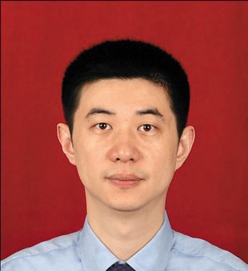 广东省人民医院教授王坤照片