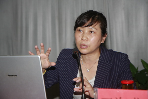 首都师范大学基础教育研究院副院长王海燕照片