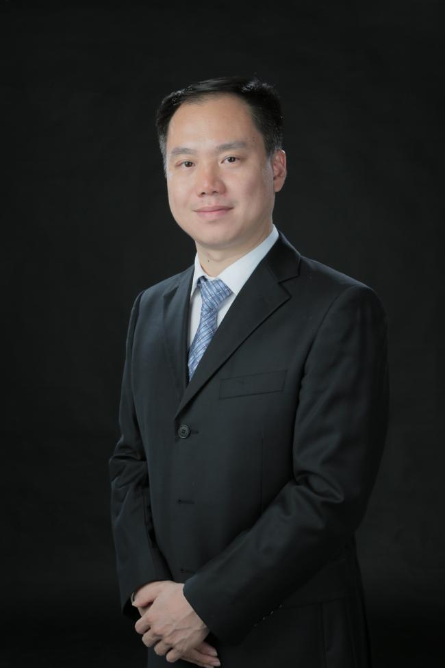暨南大学教授阳翼