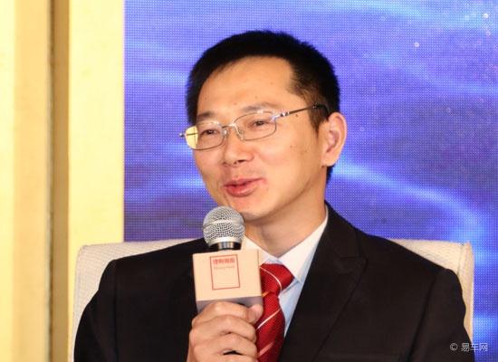 华夏银行供应链金融中心市场营销主管吴健雄照片