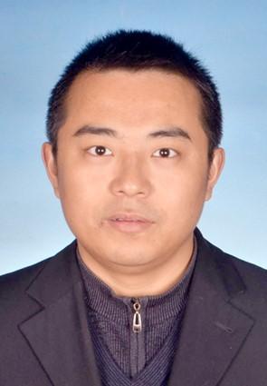 复旦聚合物分子工程国家重点实验室教授魏大程照片