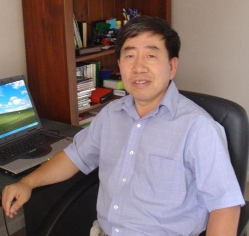 上海交通大学材料科学与工程学院教授张德良照片