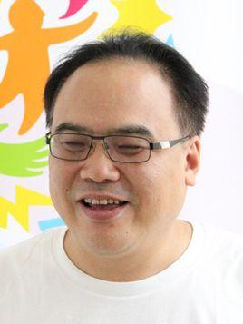 武汉大学新闻与传播学院副院长姚曦照片