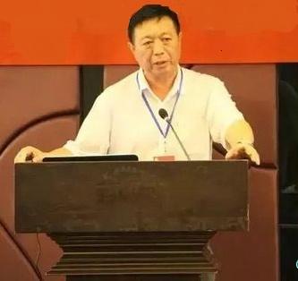 福建师大环境科学与工程学院院长陈庆华照片