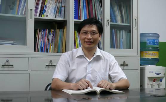 西安科技大学电气与控制工程学院副院长刘树林照片