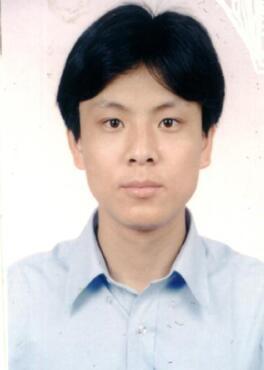 华南理工大学副教授廖小飞照片