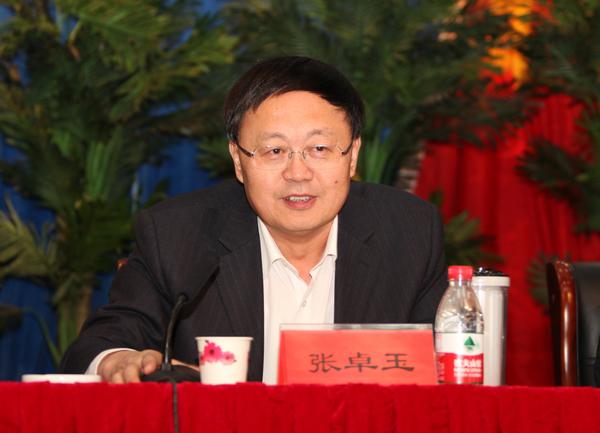 山西省教育厅副厅长张卓玉照片
