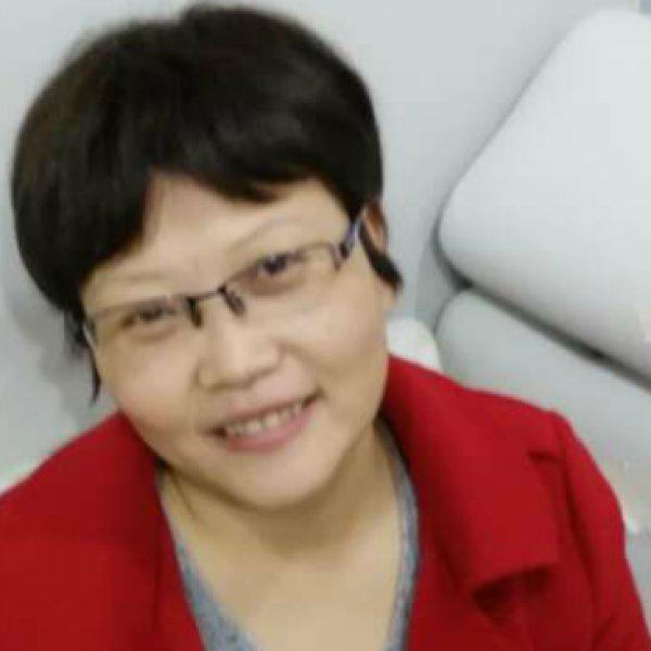 中美精神分析高级班成员许新颜照片