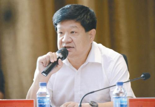 内蒙古体育职业学院党委书记殷俊海