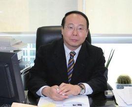 国家银监会创新合作部主任王岩岫