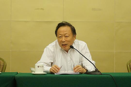 中国轻工业联合会副会长钱桂敬
