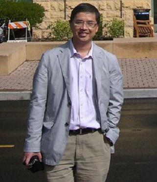 浙江大学化学系教授邬建敏