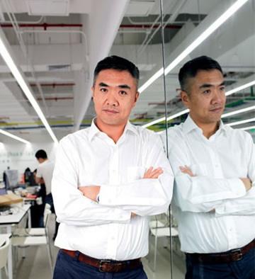 新湖育公益创投基金执行董事张红岩照片