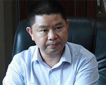 中华民营企业联合会常务副理事长兼秘书长何政清