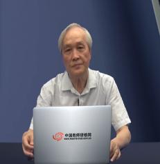 江苏省教育科学研究所原所长,研究员成尚荣照片