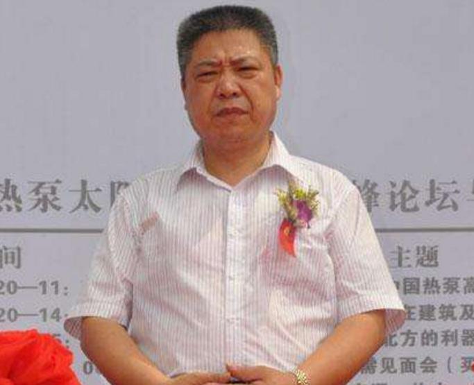 浙江省太阳能行业协会秘书长沈福鑫照片