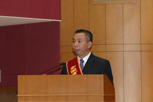 广东省食品药品监督管理局处长谢志洁照片
