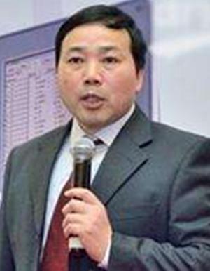 上海材料研究所教授马冲先照片