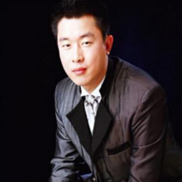 杭州颜悦服装辅料有限公司总经理姜泽