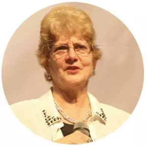 美国内布拉斯加大学教育和人类科学学院教授Carolyn Edwards照片