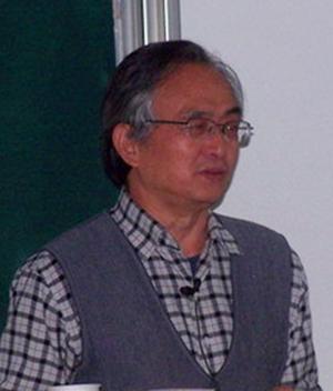 南开大学教授孟道骥照片