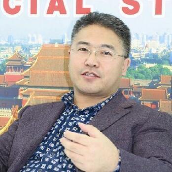 国际金融服务集团董事局主席何世红照片