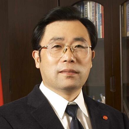 金洲集团董事长俞锦方