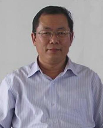 山东青岛农业大学动物科技学院教授尹燕博照片