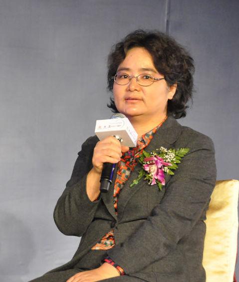 北京大学城市与环境学院教授胡建英