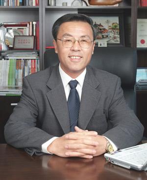 同济大学原副校长杨东援