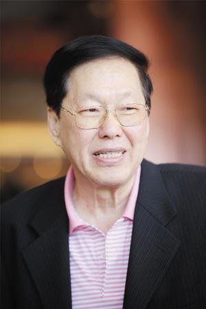 马来西亚中国经济贸易总商会会长黄汉良照片