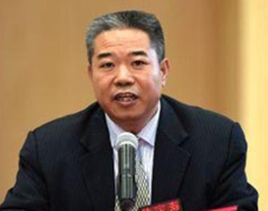 广西扬翔集团董事长黄定寿