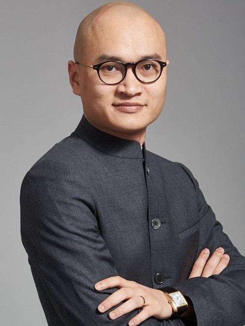 韩后集团总裁肖荣燊