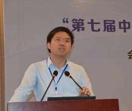 上海天华建筑设计有限公司副总工程师李伟兴照片