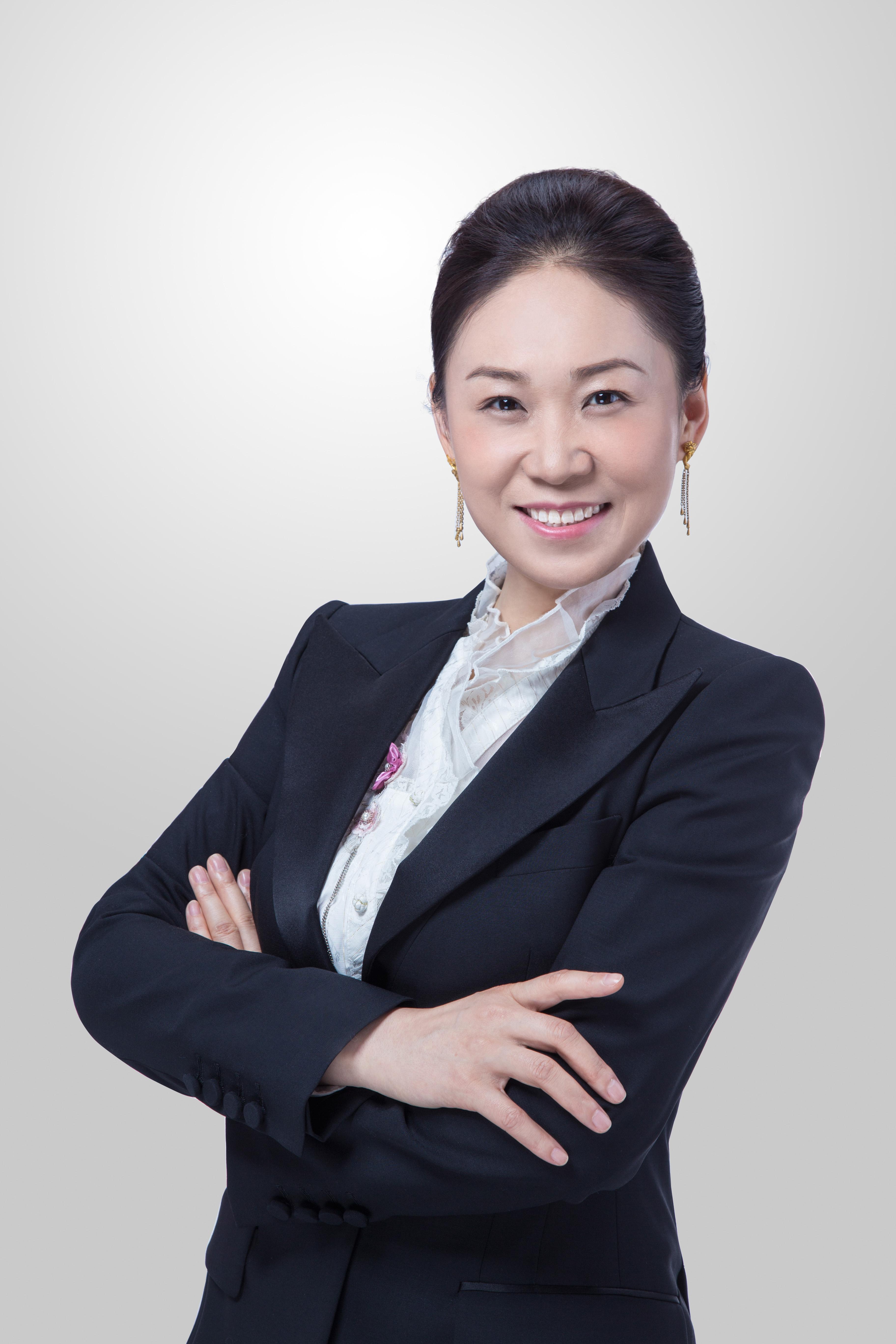 高特佳集团常务副总经理黄青照片