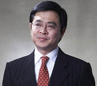 卓越集团董事长李华照片