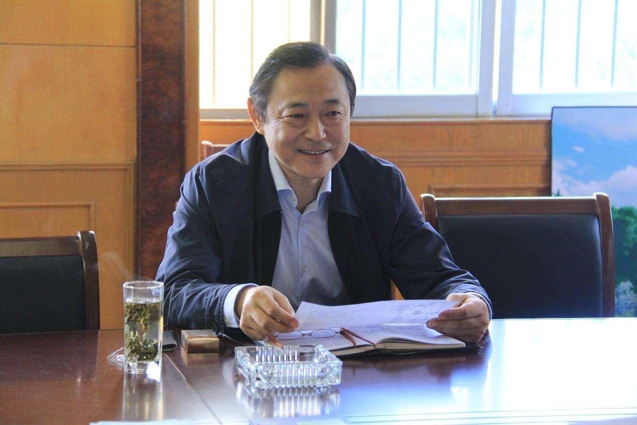 南京大学教授安树青 照片