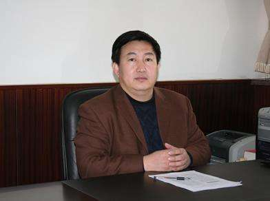 济南大学副校长杜斌照片