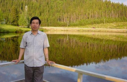 中国海洋大学化学化工学院院长 长江学者教授杨桂朋照片