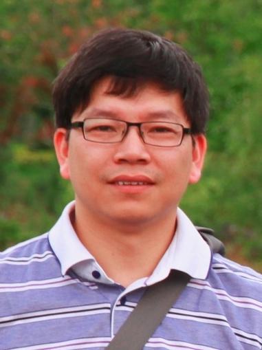 湘潭大学教授 罗文波照片