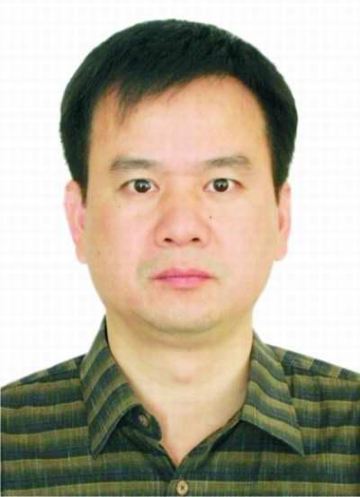 湘潭大学教授 游世辉